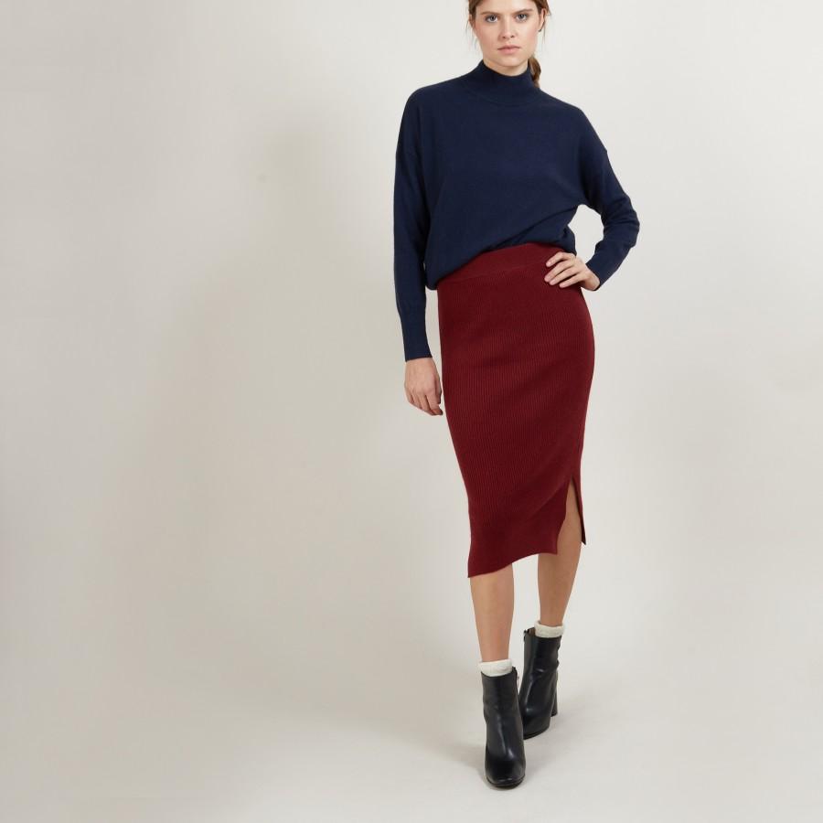 100% cashmere straight skirt.GRENADE