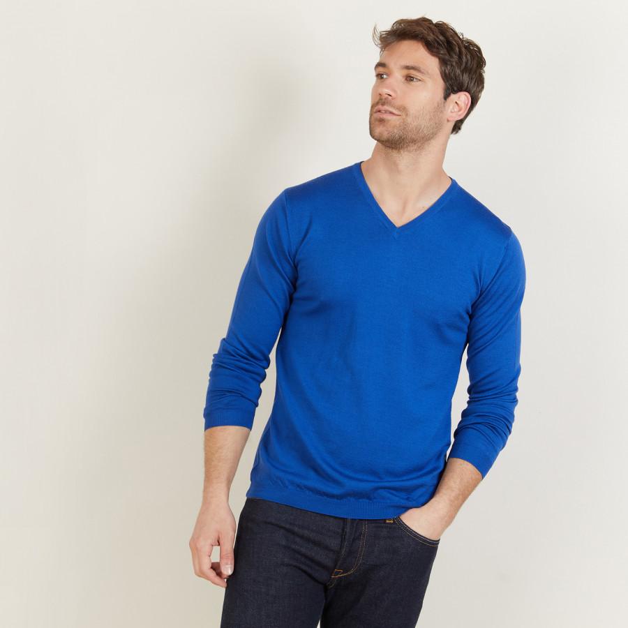 Merino Wool V-neck sweater Enricke