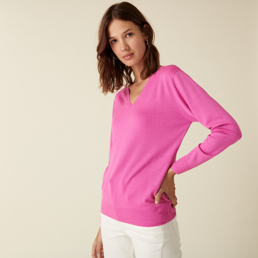 V-neck sweater in merino wool with ribbed edges - Arya